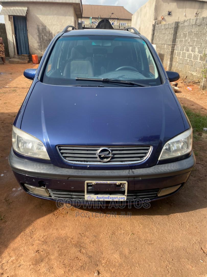 Archive: Opel Zafira 2004 1.8 Blue