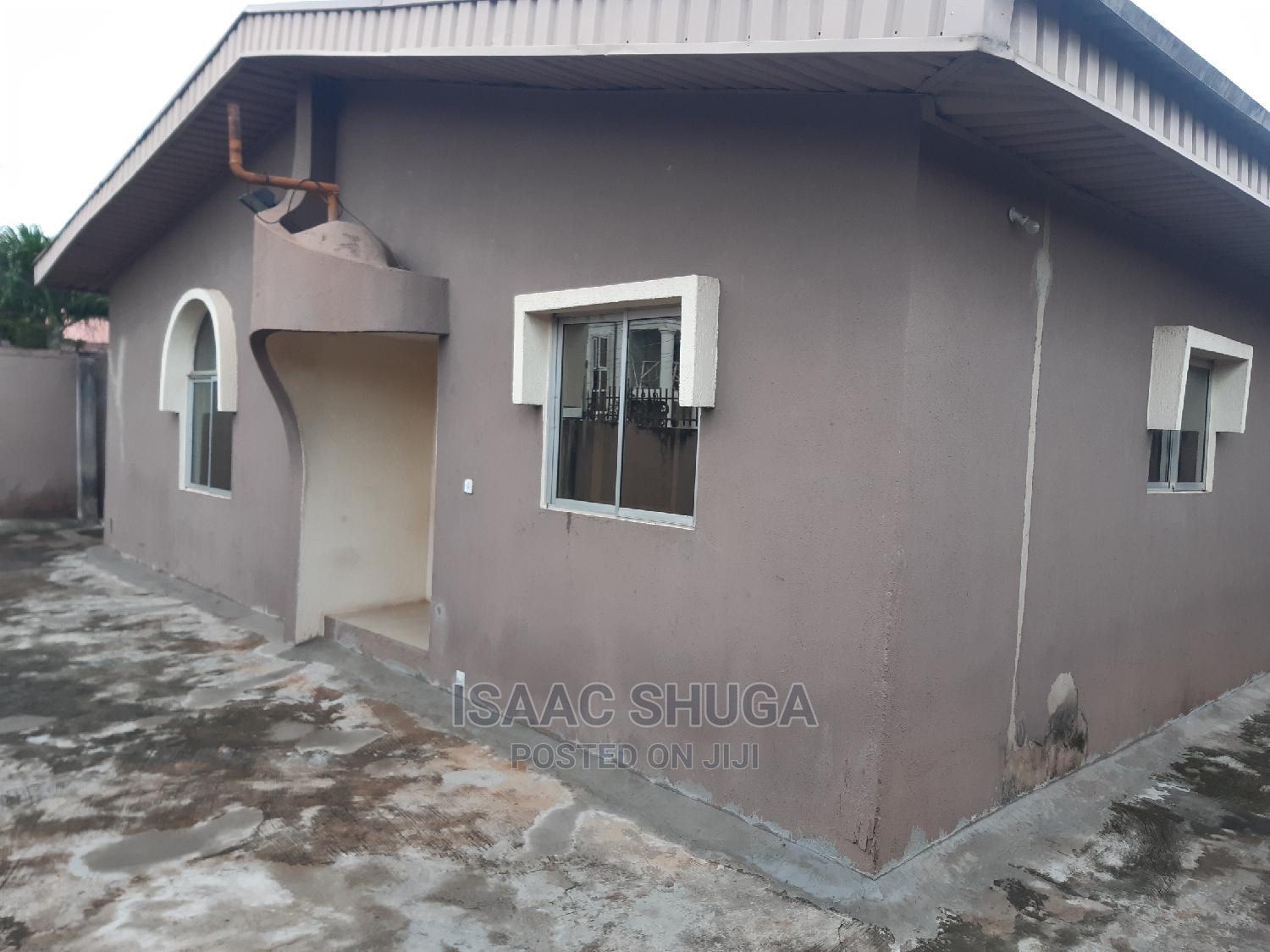 Archive: 4 Bedroom Bungalow With BQ