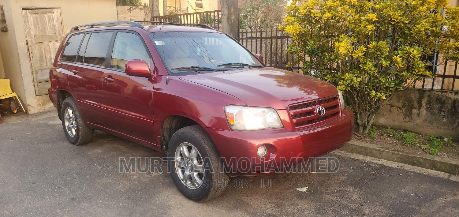 Archive: Toyota Highlander 2005 V6 Red