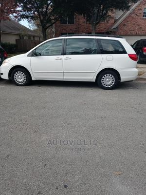 Toyota Sienna 2007 White | Cars for sale in Lagos State, Ajah