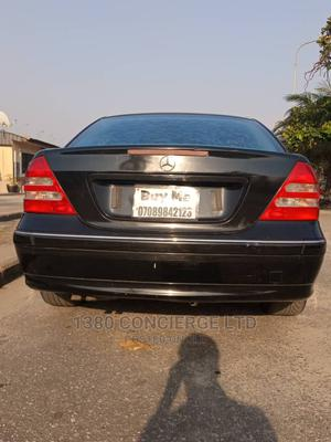 Mercedes-Benz C240 2004 Black | Cars for sale in Lagos State, Amuwo-Odofin