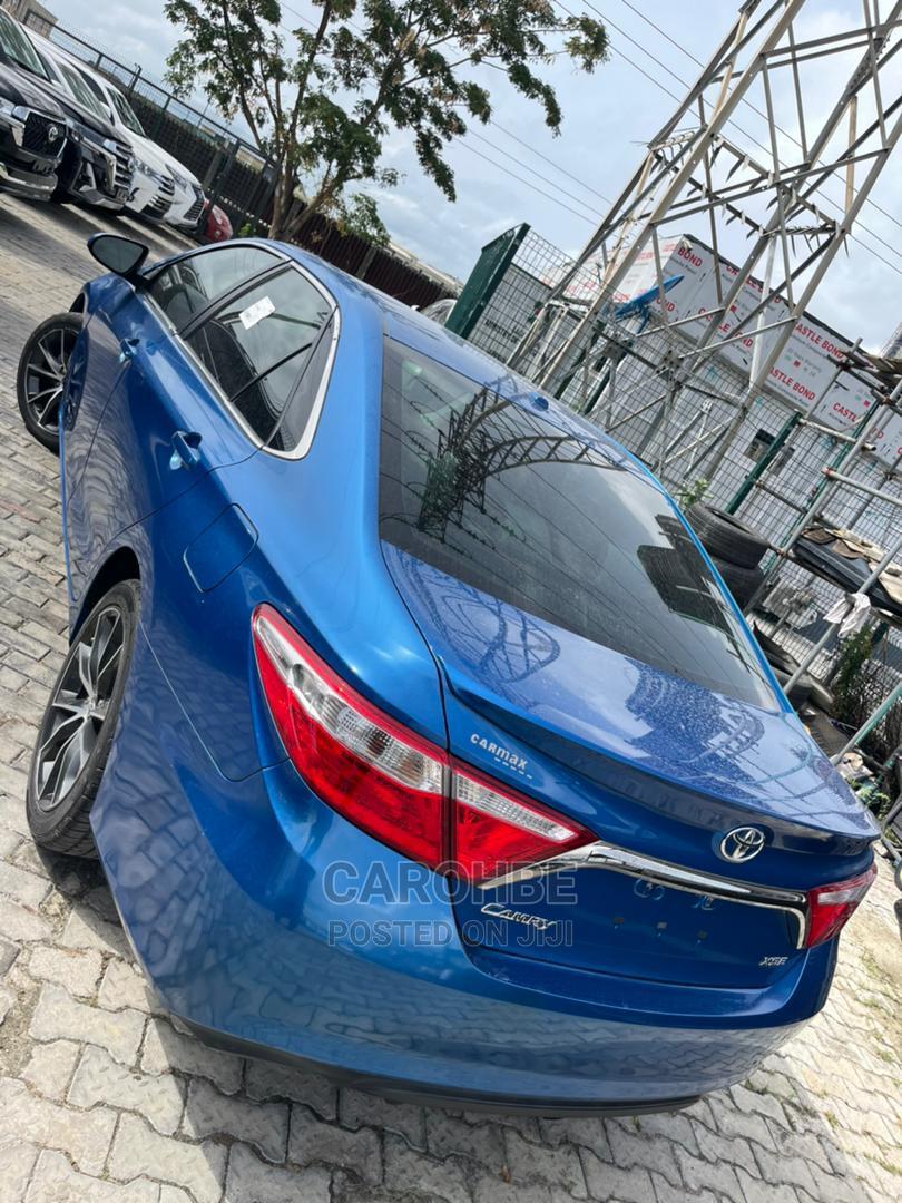 Toyota Camry 2017 Blue