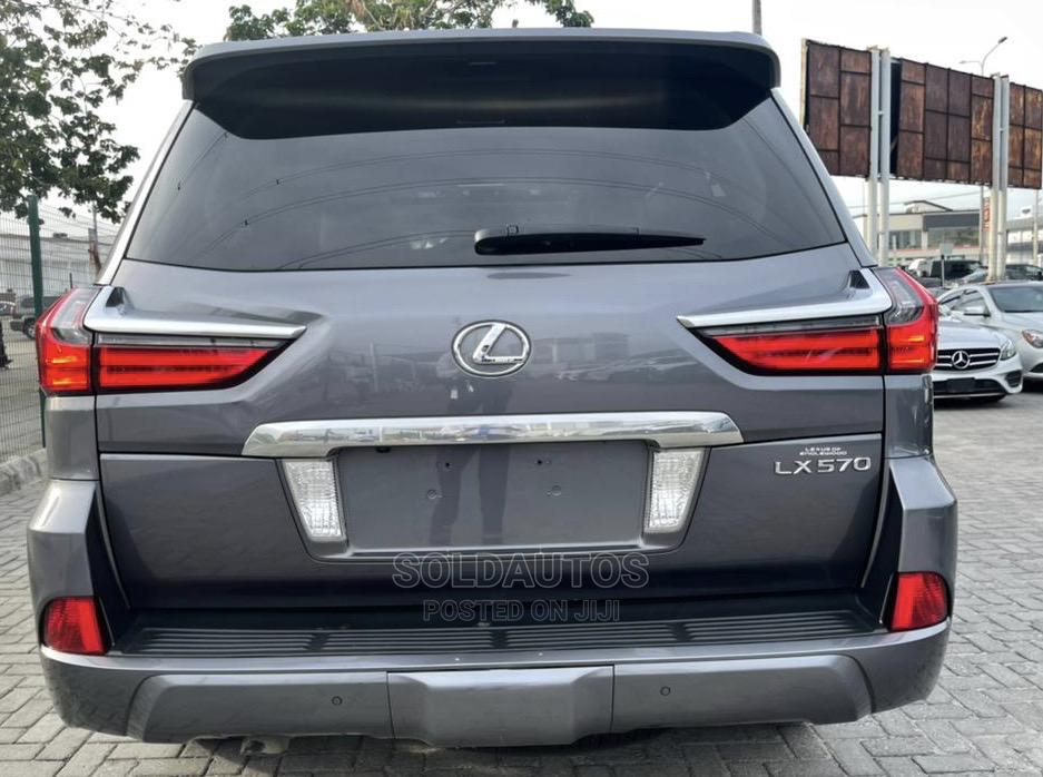 Archive: Lexus LX 2017 570 Base Pearl