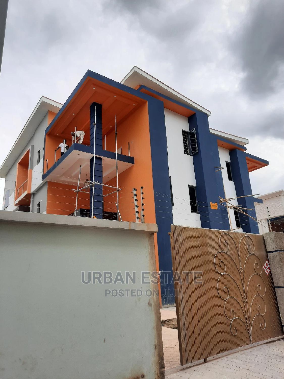 Brand New Luxury 5 Bedroom Detach Duplex in Ikeja GRA
