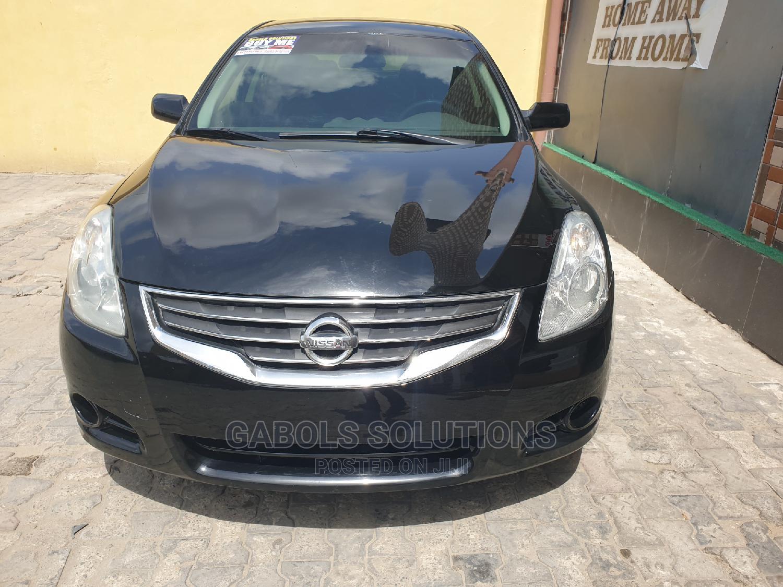 Archive: Nissan Altima 2011 2.5 S Sedan Black