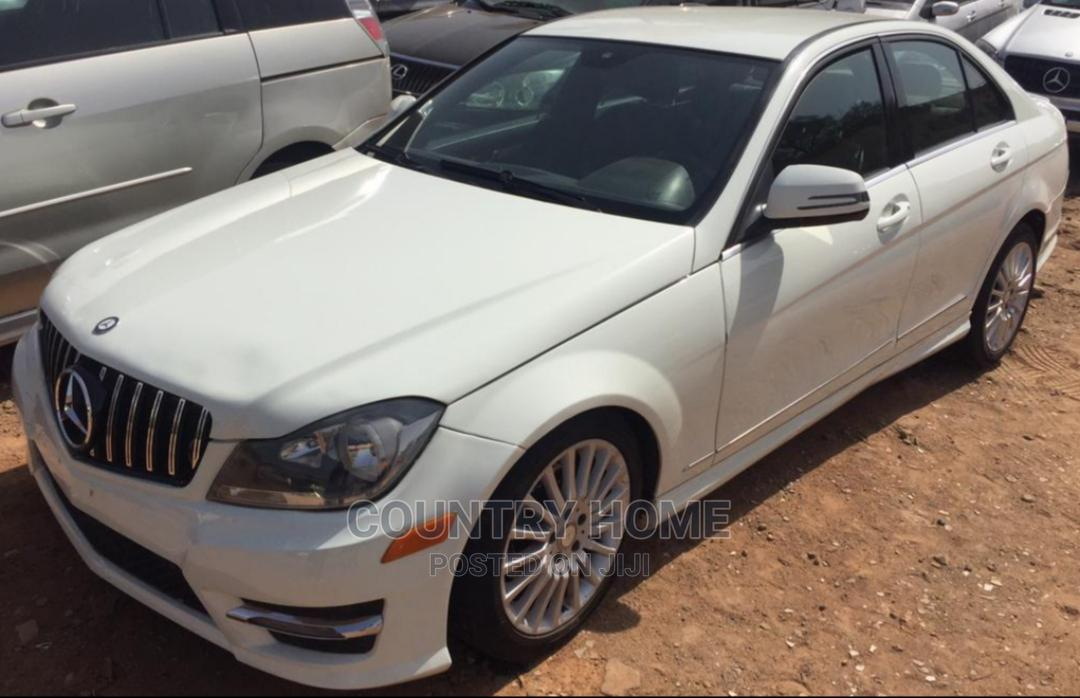 Mercedes-Benz C300 2010 White | Cars for sale in Idu Industrial, Abuja (FCT) State, Nigeria