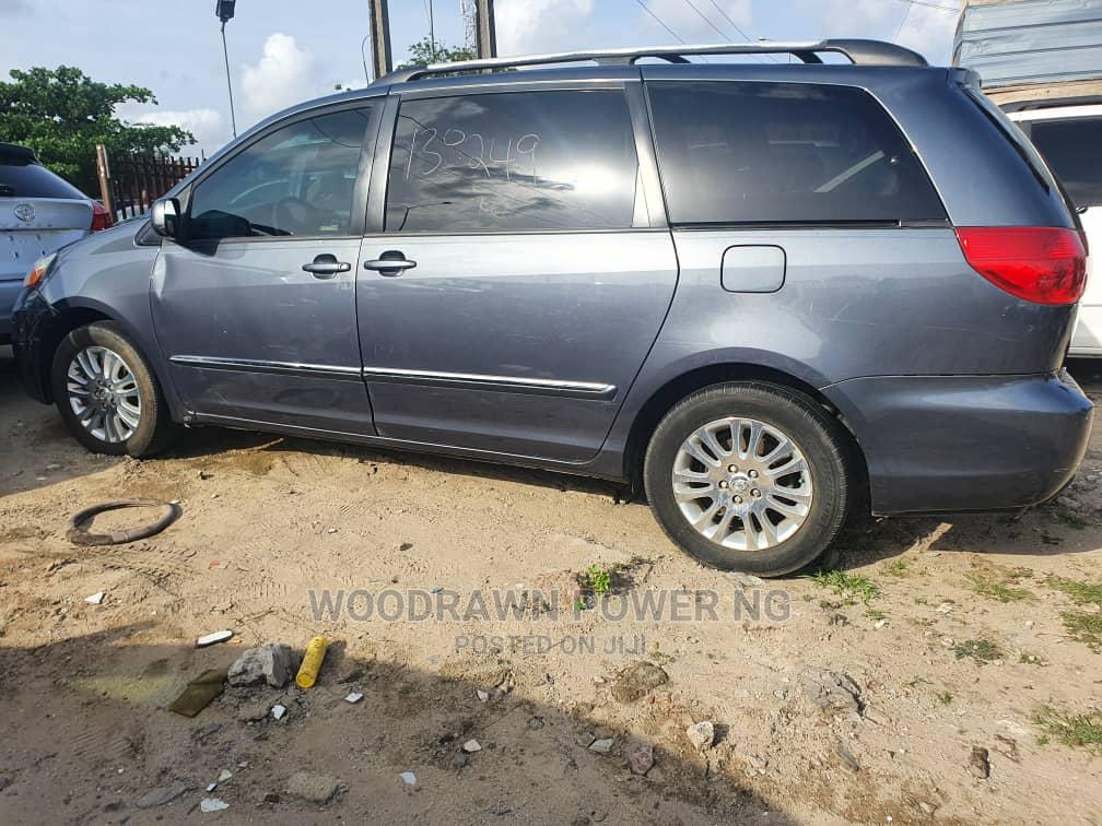 Toyota Sienna 2008 XLE Limited Blue | Cars for sale in Tarkwa Bay Island, Lagos State, Nigeria