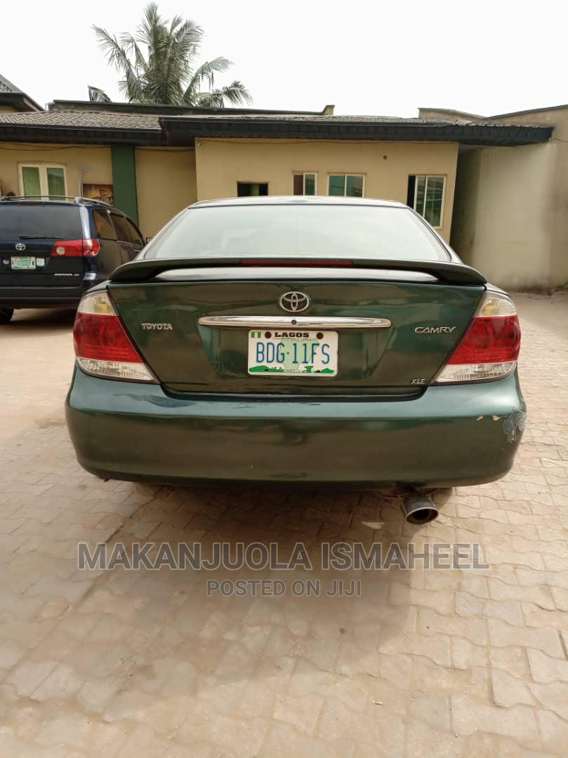 Archive: Toyota Camry 2005 Green