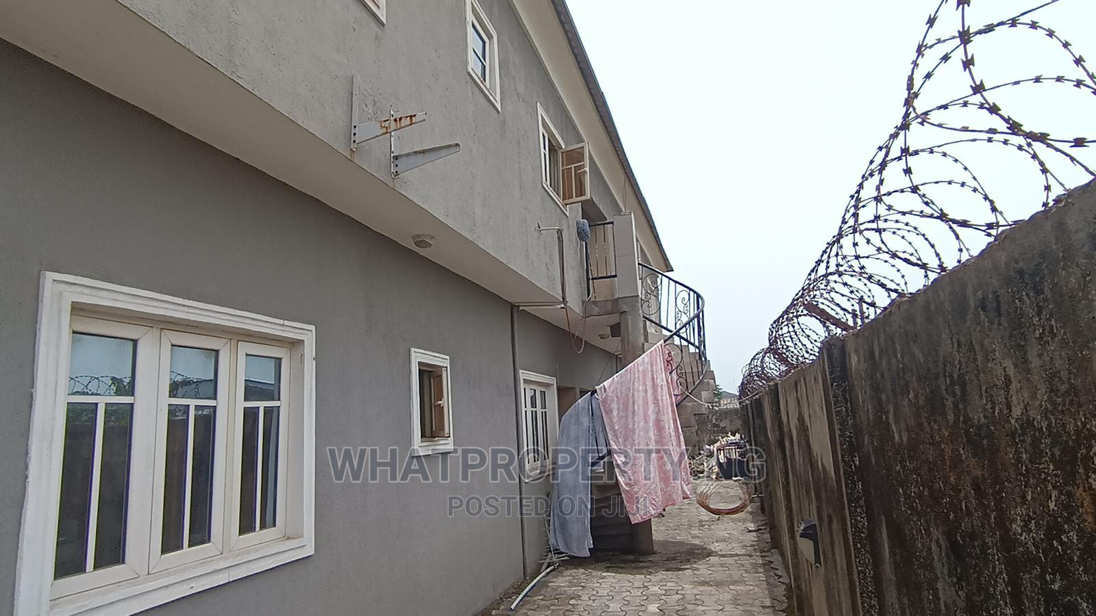 6bdrm Block of Flats in Off Otunla Road, Bogije for Sale
