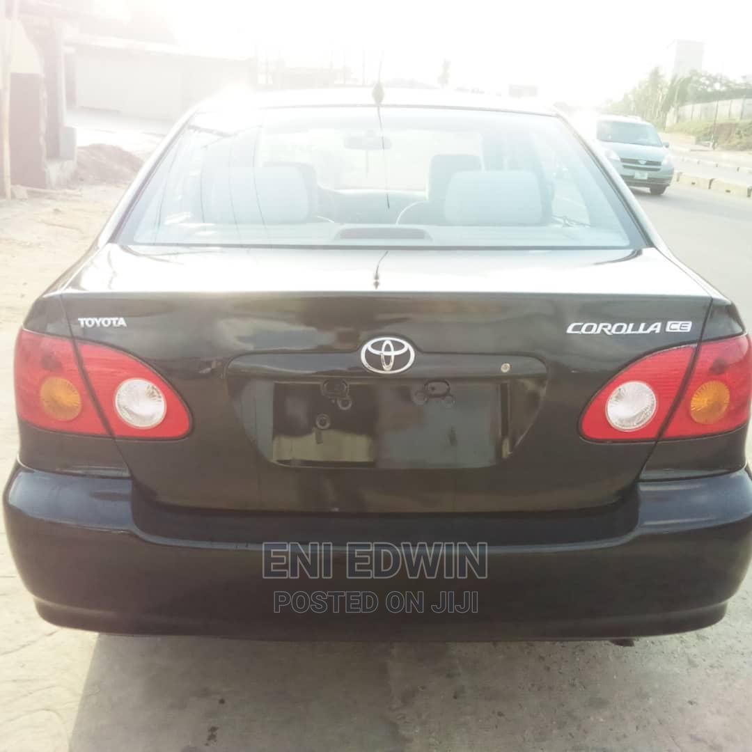Archive: Toyota Corolla 2004 Sedan Automatic Black