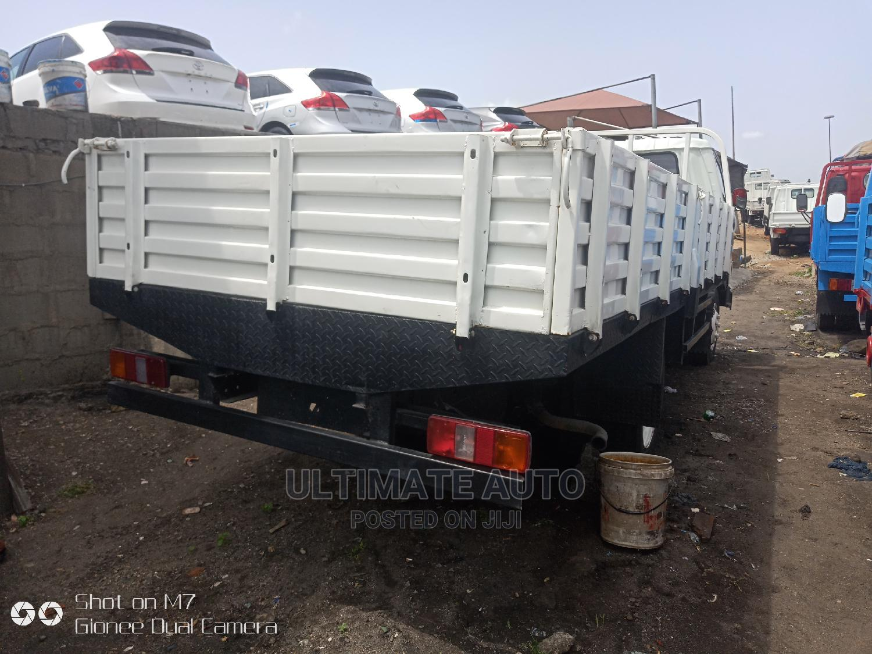 Toyota Dyna 2000 White | Trucks & Trailers for sale in Apapa, Lagos State, Nigeria