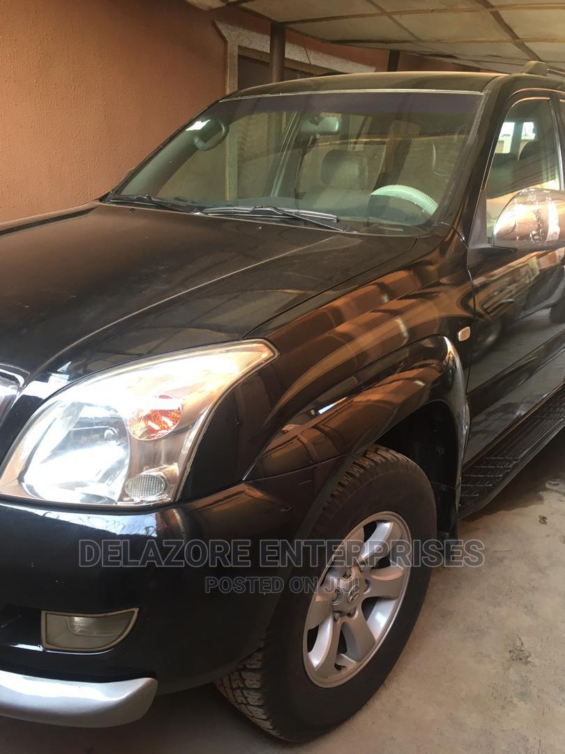 Archive: Toyota Land Cruiser Prado 2009 Brown