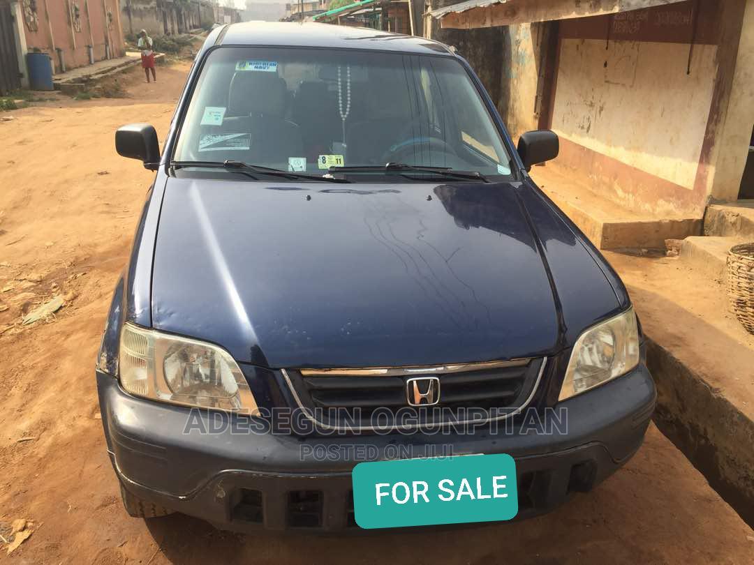 Archive: Honda CR-V 2001 Blue