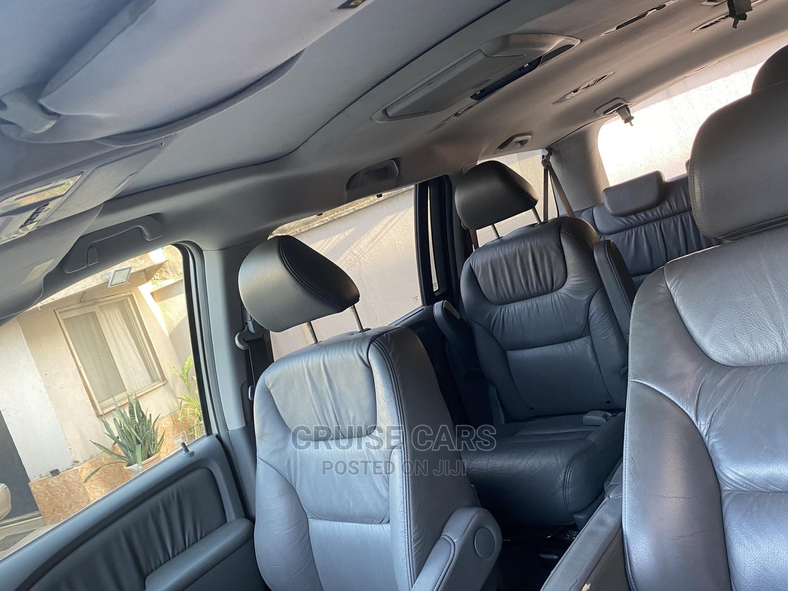 Honda Odyssey 2005 Touring Silver   Cars for sale in Isolo, Lagos State, Nigeria