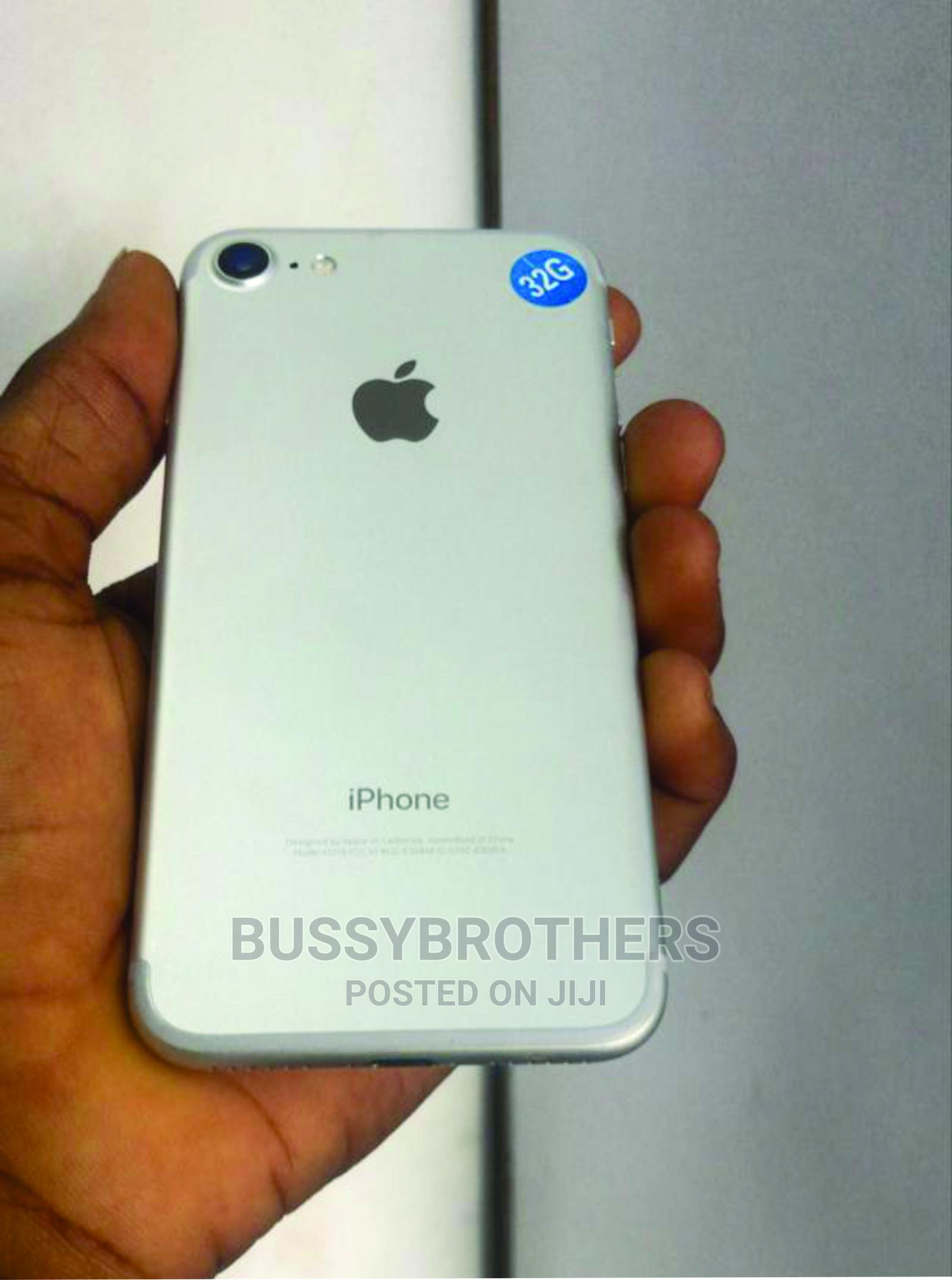 Apple iPhone 7 32 GB Silver | Mobile Phones for sale in Ikeja, Lagos State, Nigeria
