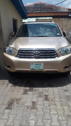 Toyota Highlander 2010 Limited Gold   Cars for sale in Lagos State, Surulere