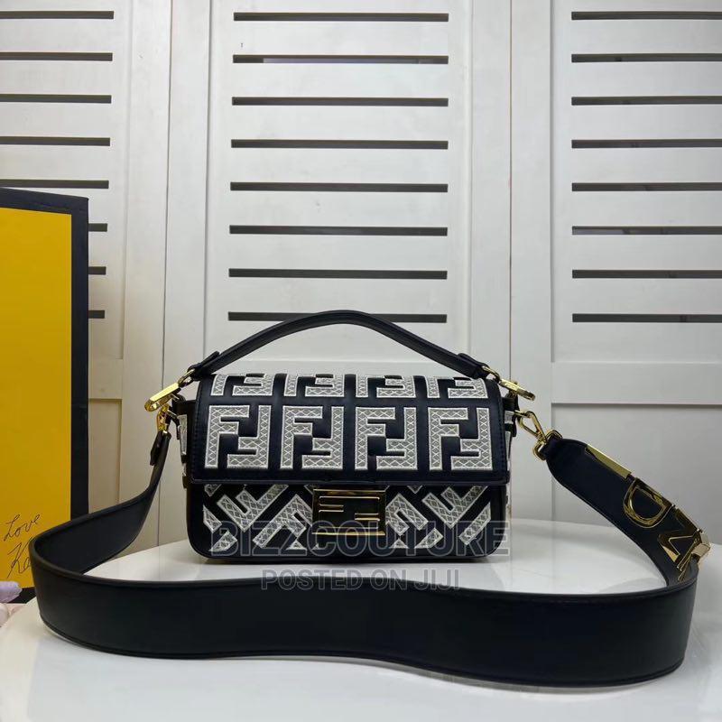 High Quality Fendi Shoulder Bags for Women