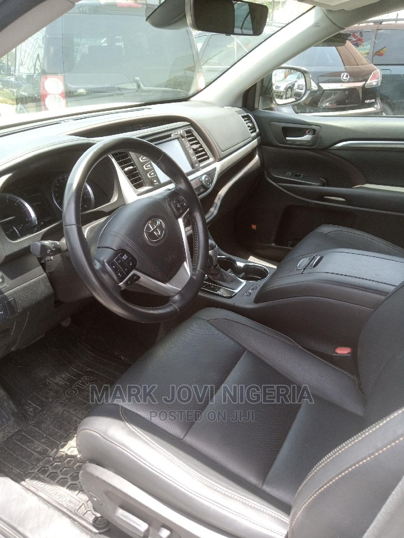 Toyota Highlander 2017 White | Cars for sale in Lekki, Lagos State, Nigeria
