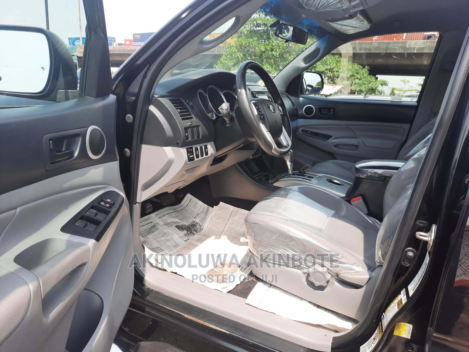 Archive: Toyota Tacoma 2012 Black