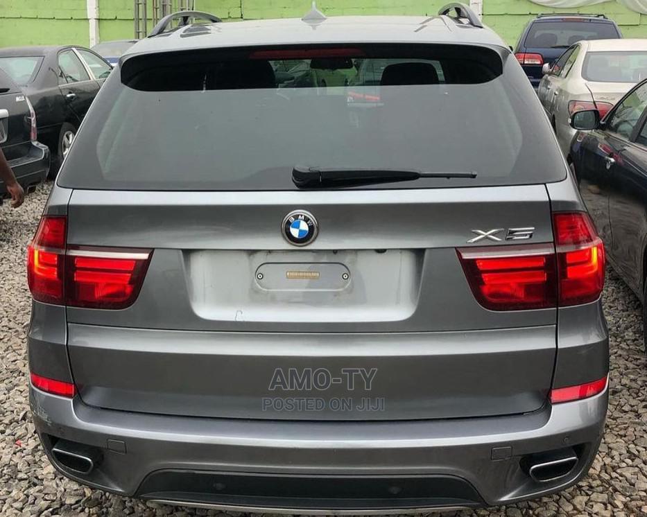 Archive: BMW X5 2010 xDrive30d Gray