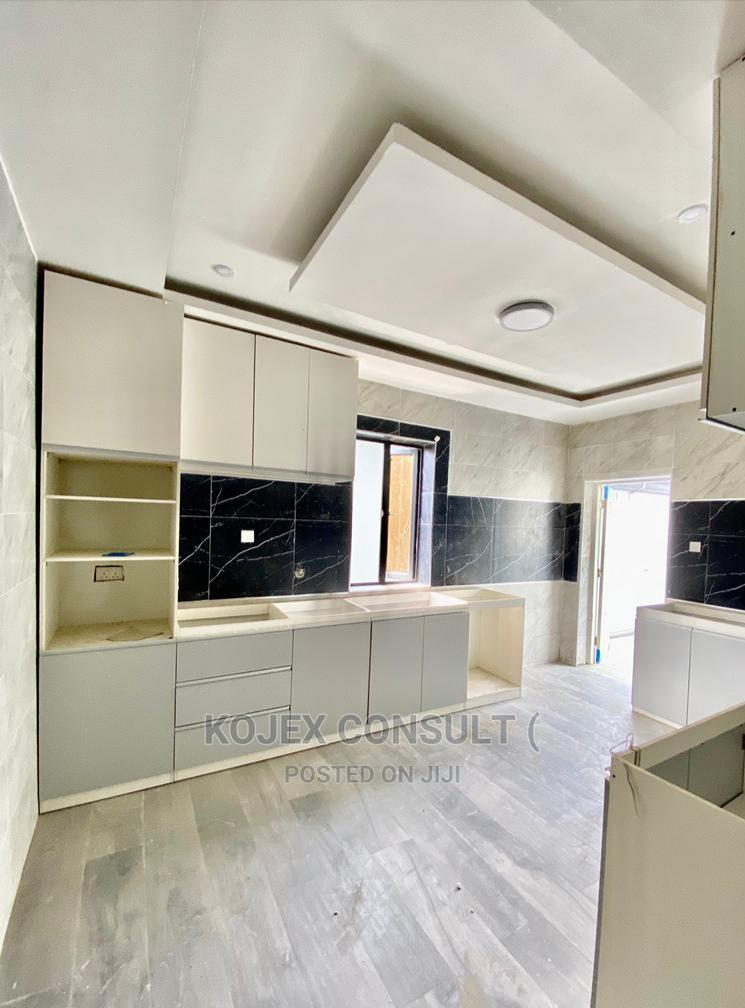 Brand New Spacious 3 Bedrooms Apartments | Houses & Apartments For Sale for sale in Lekki, Lagos State, Nigeria