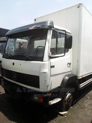 Mercedes Benz 2004 White | Trucks & Trailers for sale in Lagos State, Apapa