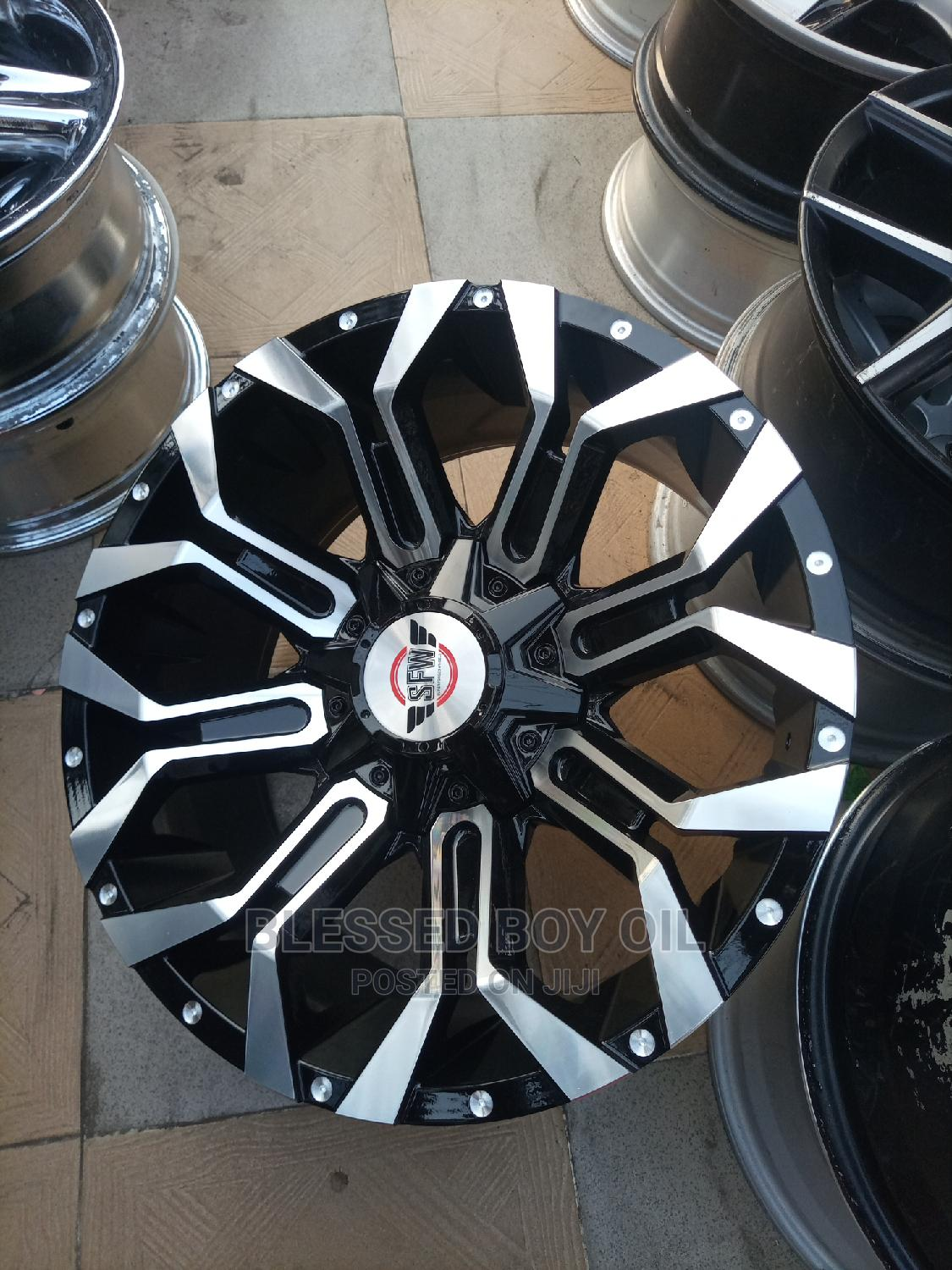 Size 20 Inches 6 Boat for Toyota. Lexus Ford F150. Etc | Vehicle Parts & Accessories for sale in Mushin, Lagos State, Nigeria
