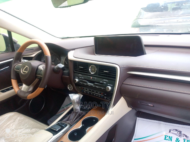 Archive: Lexus RX 2016 Gold