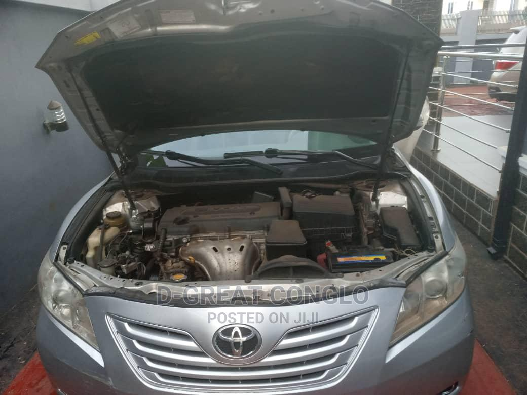 Archive: Toyota Camry 2008 3.5 LE Gold