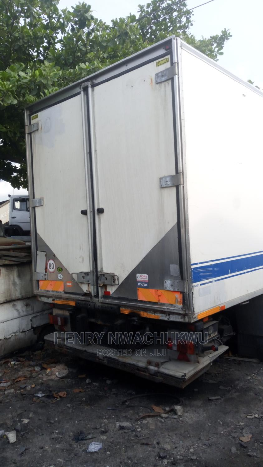 Archive: Scania Cool Room Manual Injector 8 Tyres Tokunbo