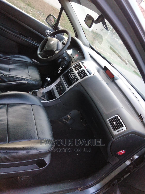 Archive: Peugeot 307 2006 Gray