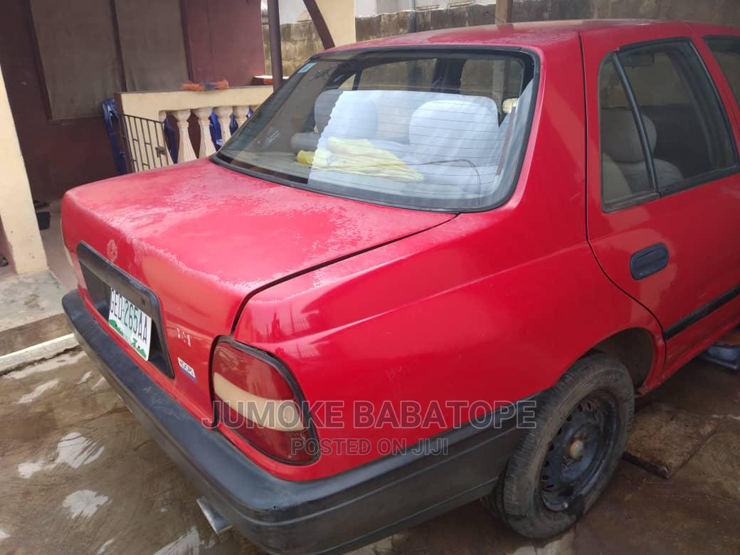 Archive: Nissan Sunny 2005 Red