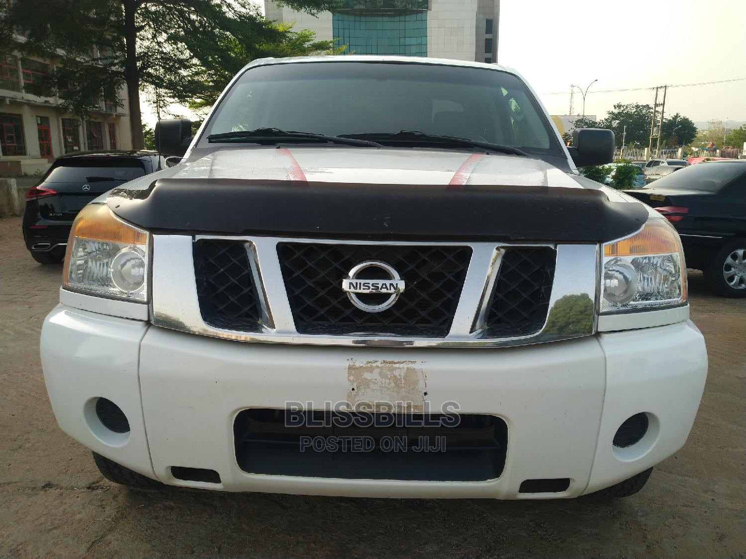Nissan Frontier 2009 King Cab LE 4x4 White