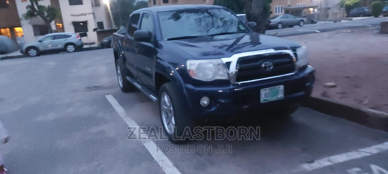 Toyota Tacoma 2006 PreRunner Access Cab Blue | Cars for sale in Ojota, Lagos State, Nigeria
