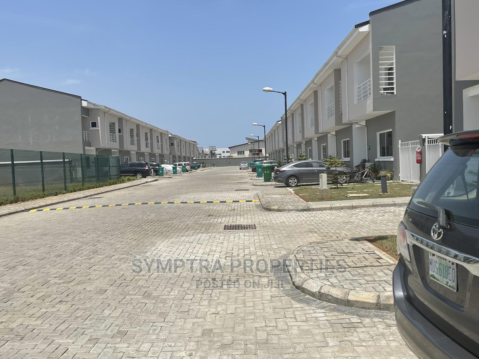 Luxury 3 Bedroom Terrace Duplex With Laundry BQ in Ikate | Houses & Apartments For Sale for sale in Lekki Phase 1, Lekki, Nigeria
