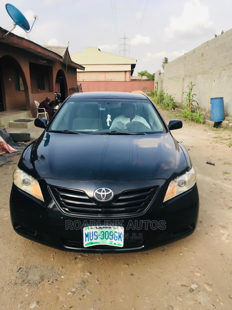 Archive: Toyota Camry 2008 2.4 LE Black