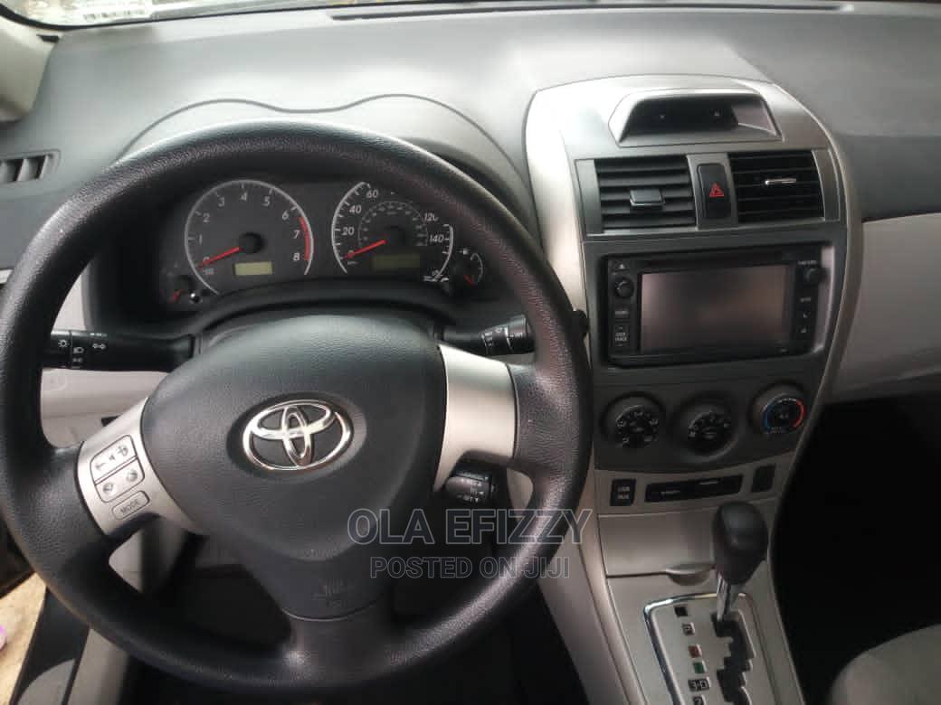 Archive: Toyota Corolla 2014 Gray