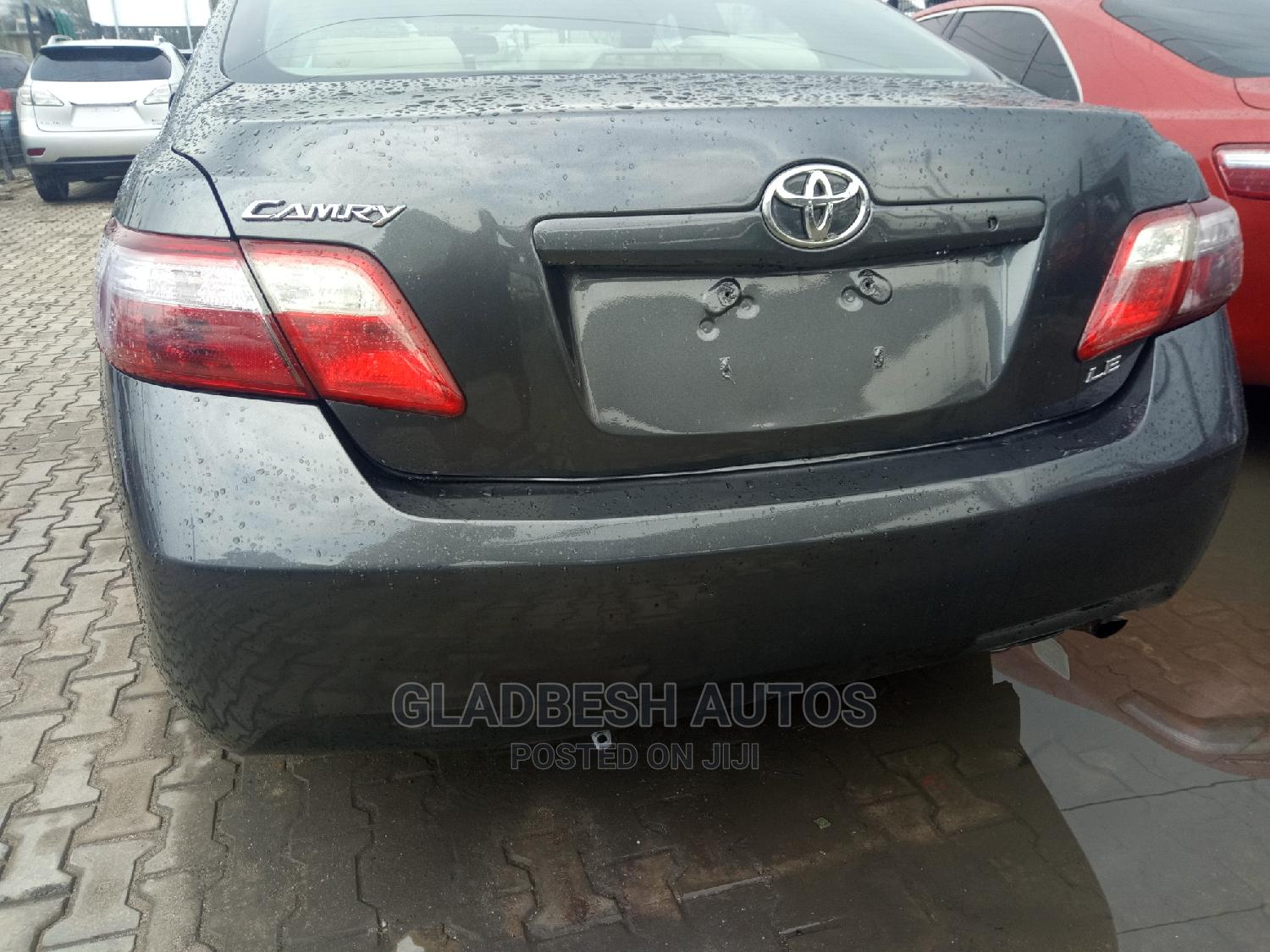Archive: Toyota Camry 2008 2.4 LE Gray