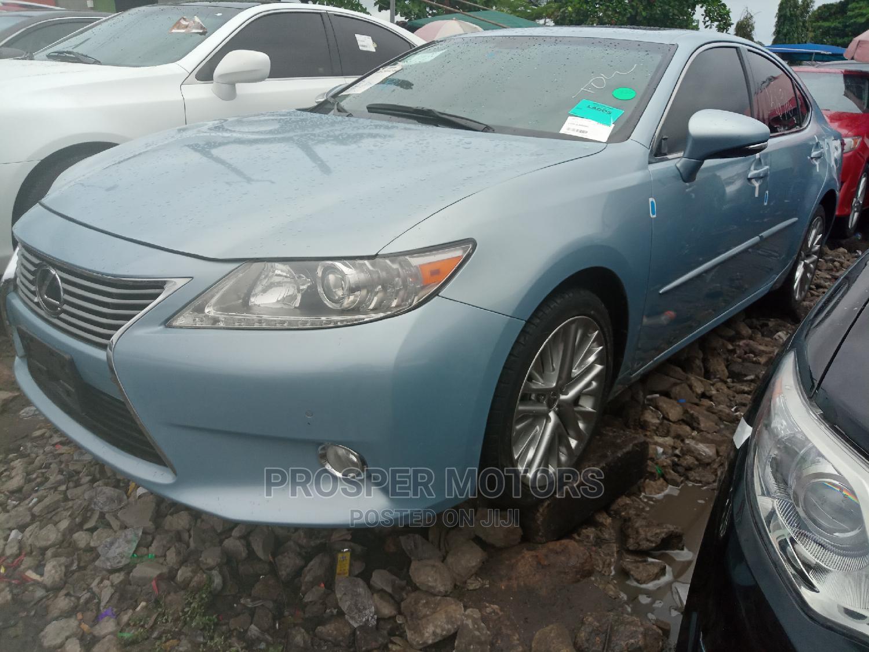Lexus ES 2013 350 FWD Blue