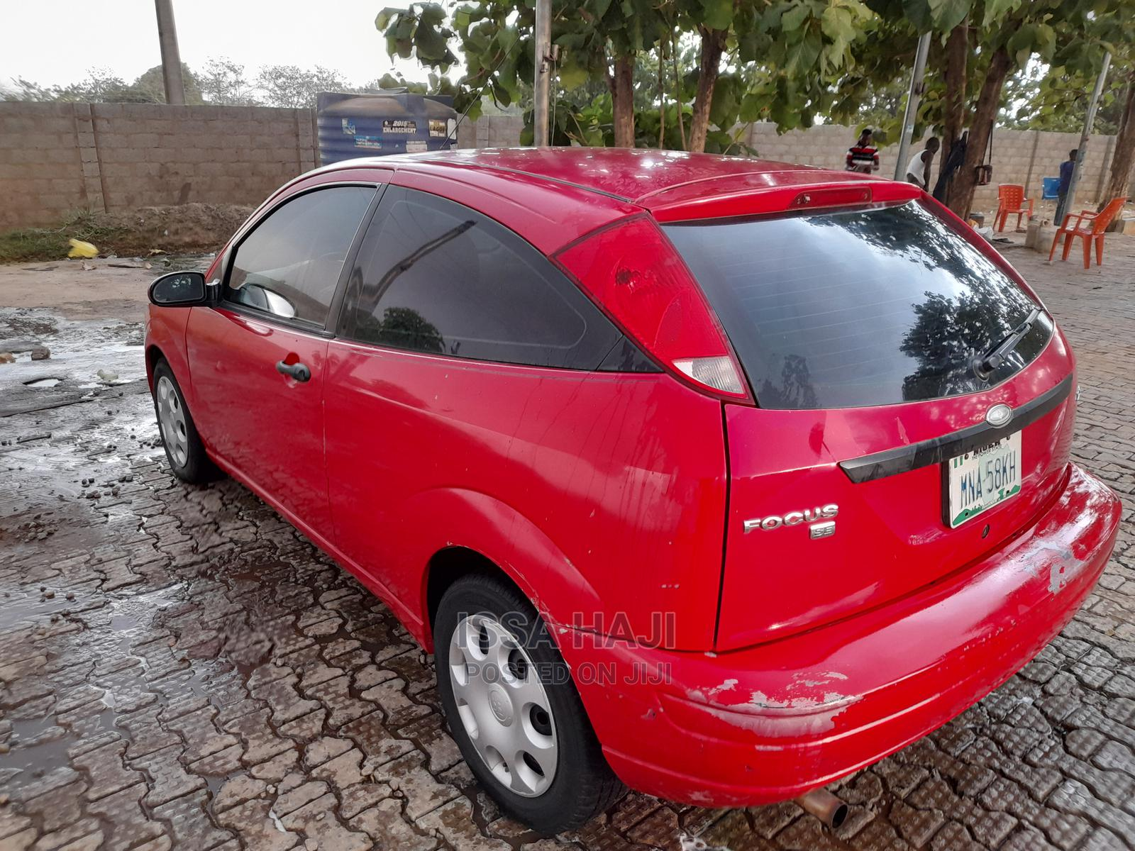 Archive: Ford Focus 2008 Red