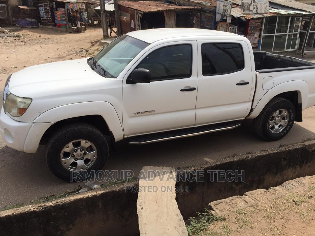 Archive: Toyota Tacoma 2006 PreRunner Access Cab White