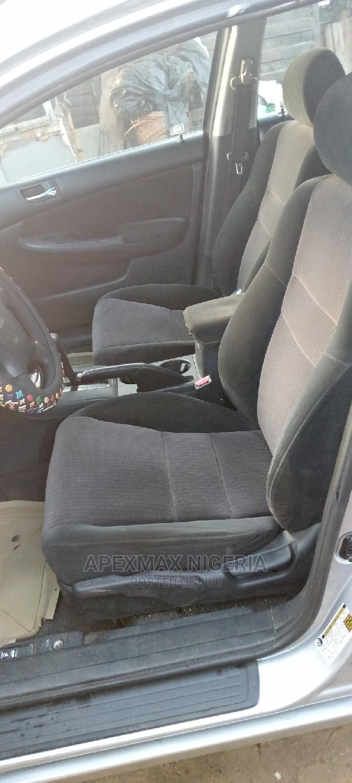 Archive: Honda Accord 2005 Sedan LX Automatic Silver