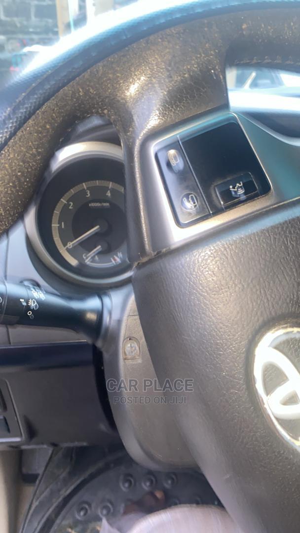 Archive: Toyota Land Cruiser Prado 2012 4.0 I Brown