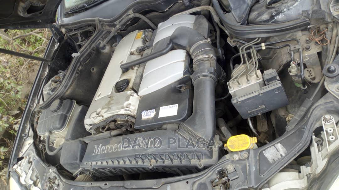 Archive: Mercedes-Benz C180 2003 Black