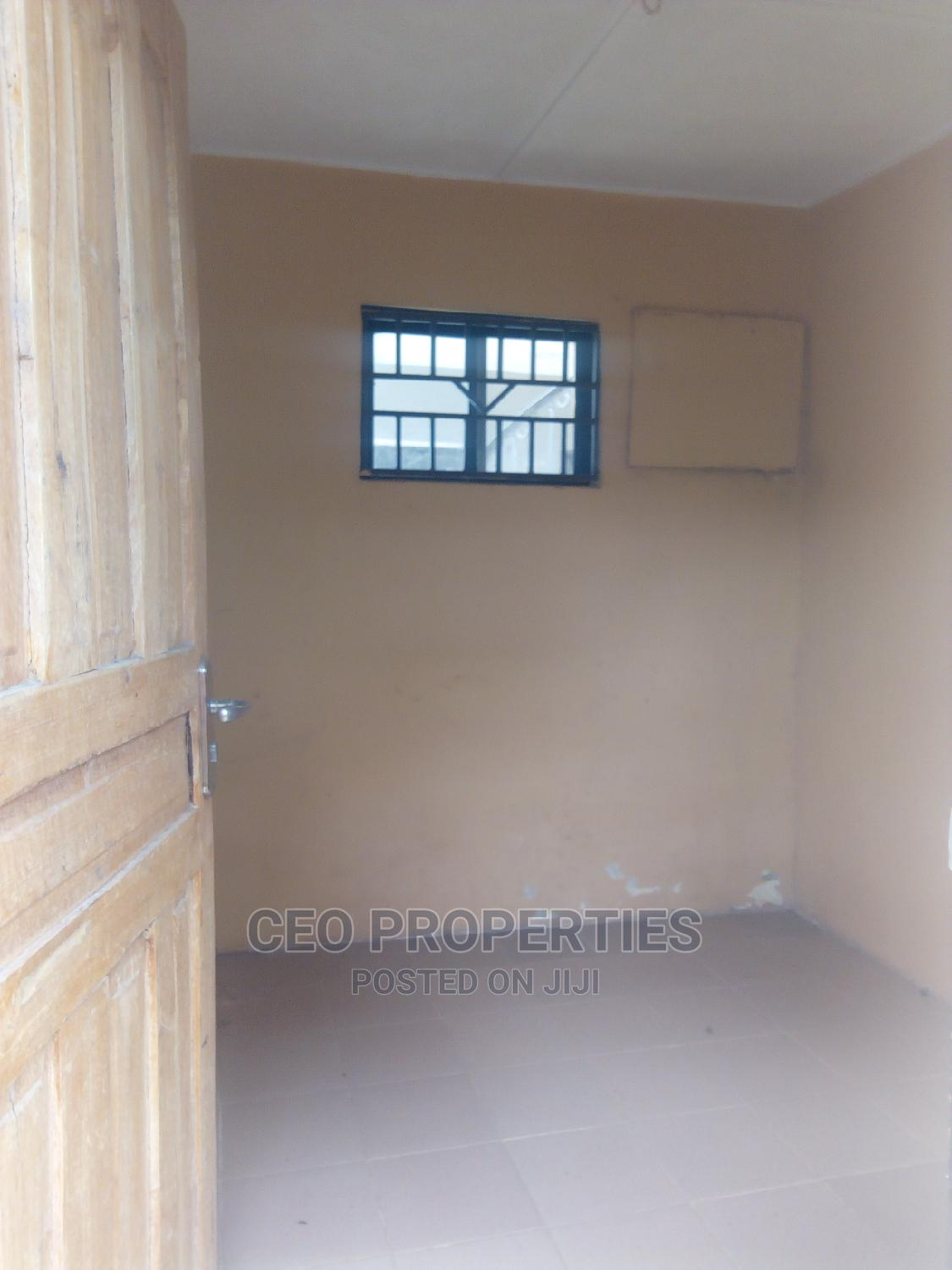 A Room Shared Apartment at Victoria Island | Houses & Apartments For Rent for sale in Ligali Ayorinde, Victoria Island, Nigeria