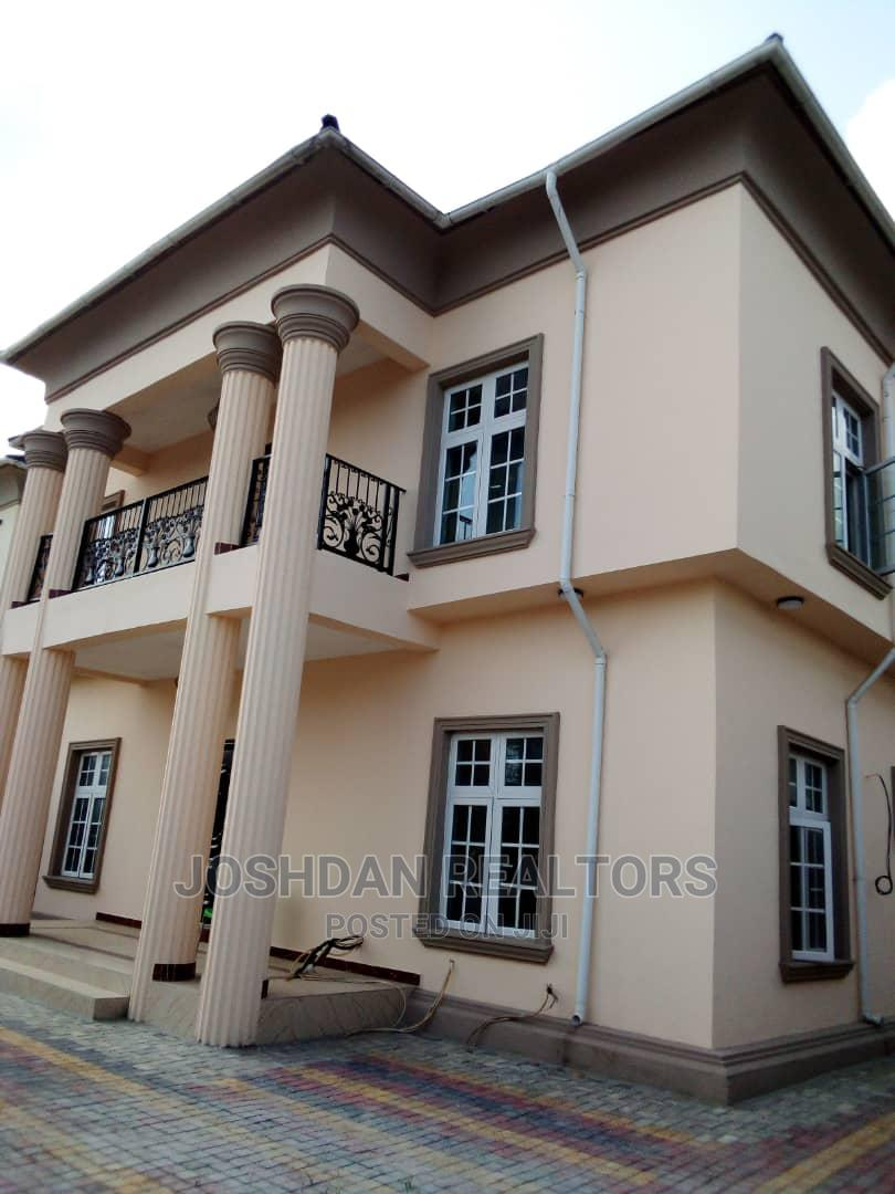 4 Unit of a 3 Bedroom Flat | Houses & Apartments For Sale for sale in Lekki Phase 1, Lekki, Nigeria