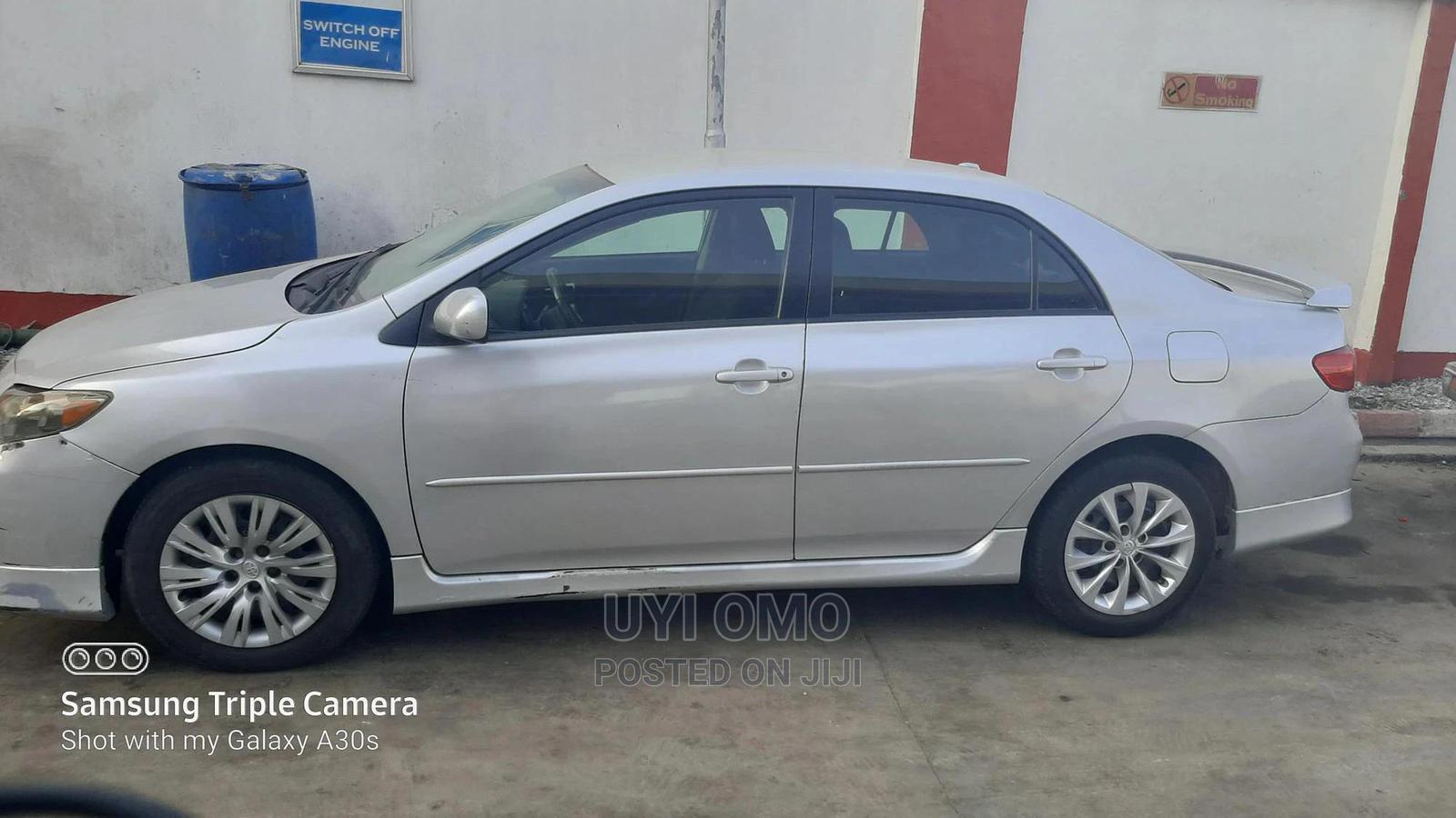 Toyota Corolla 2009 Silver | Cars for sale in Victoria Island, Lagos State, Nigeria