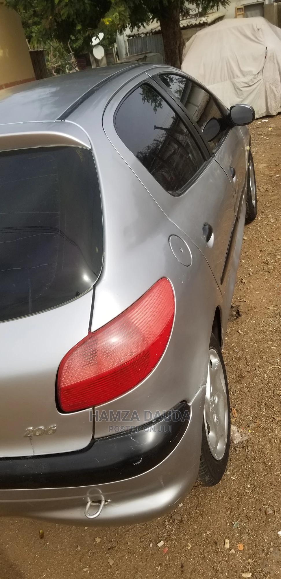 Archive: Peugeot 206 2004 Silver