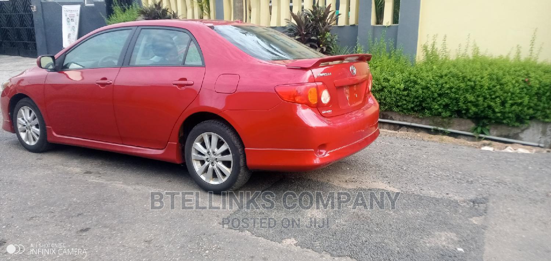 Toyota Corolla 2011 Red