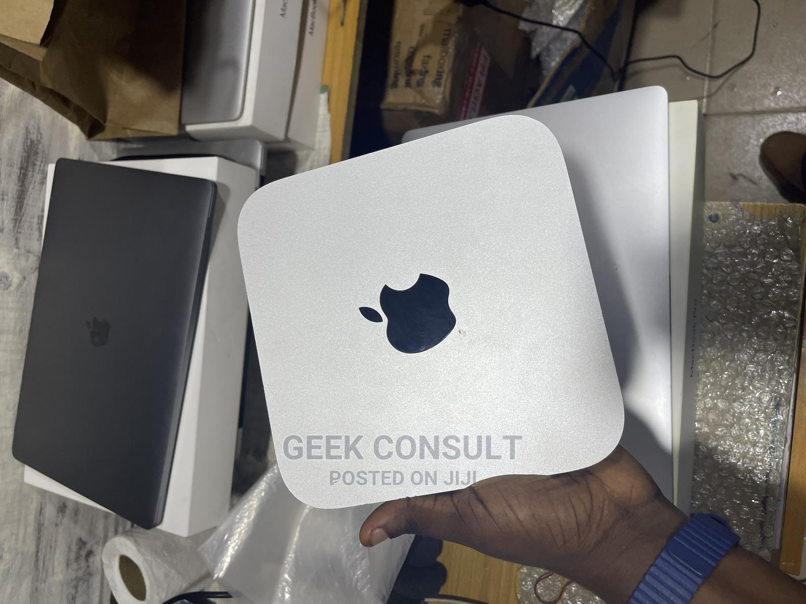 Desktop Computer Apple Mac Mini 8GB Intel Core I7 SSD 1T
